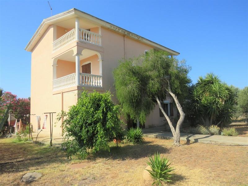 Casa Indipendente in Vendita a Quartu Sant'Elena ...